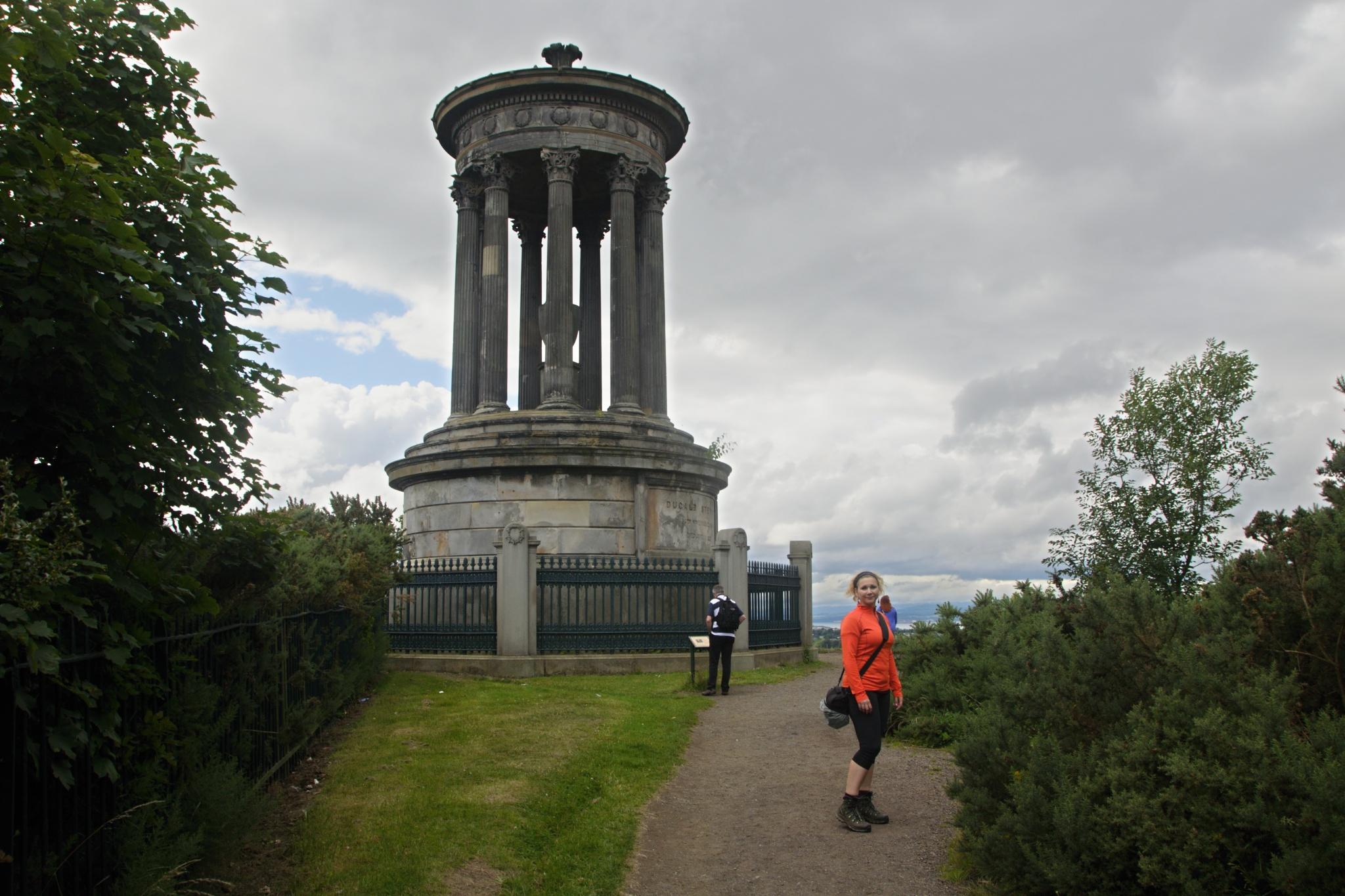 Památník Dugalda Stewarta, skotského filozofa přelomu 18. a 19. století