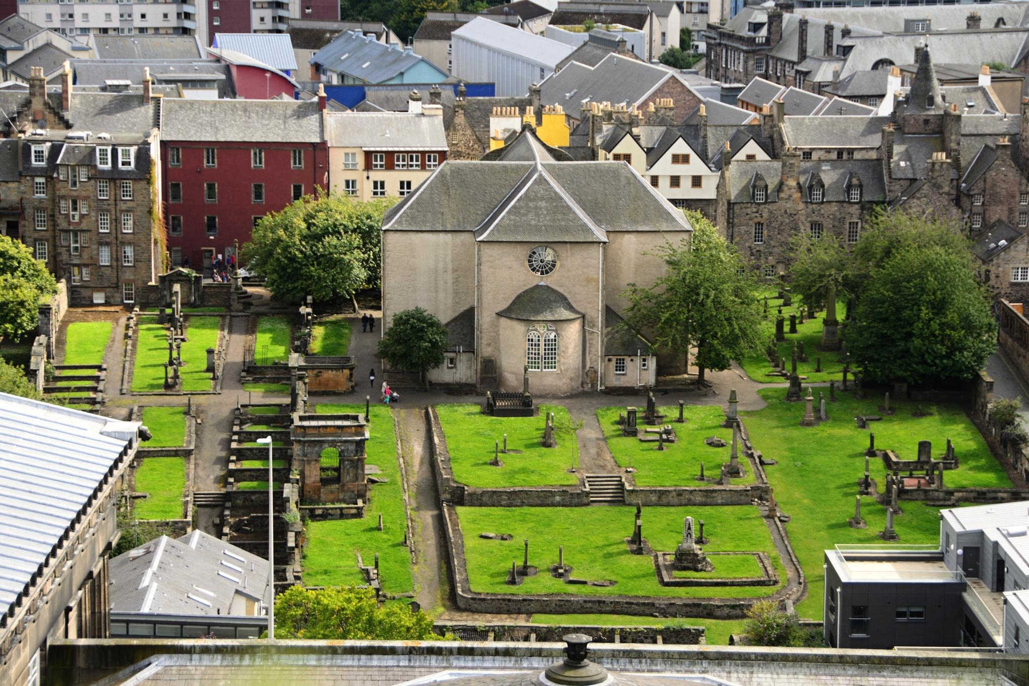 Hřbitůvek u kostela Canongate Kirk