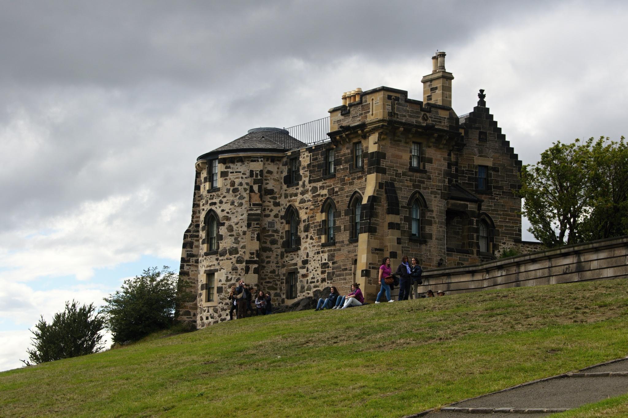 Stará observatoř, Gotický dům