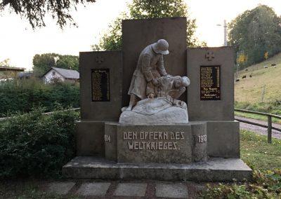 V každé druhé vesnici je památník obětem Velké války