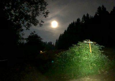 Měsíc už svítí na plné pecky, zatmění je u konce