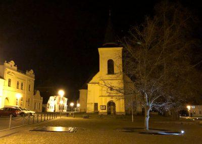 Kostelík na náměstí