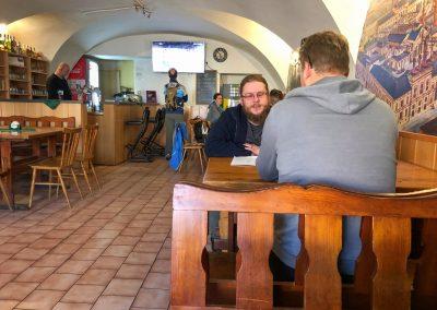 V Restauraci U Mikolášků je klid, chládek a skvělé pivo.