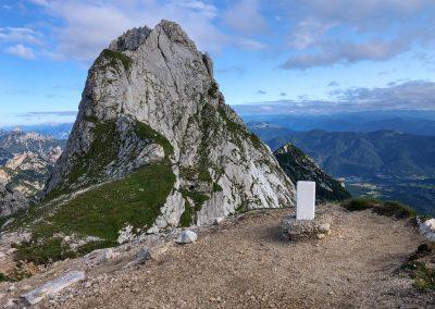 Hraniční kámen mezi Itálií a Slovinskem